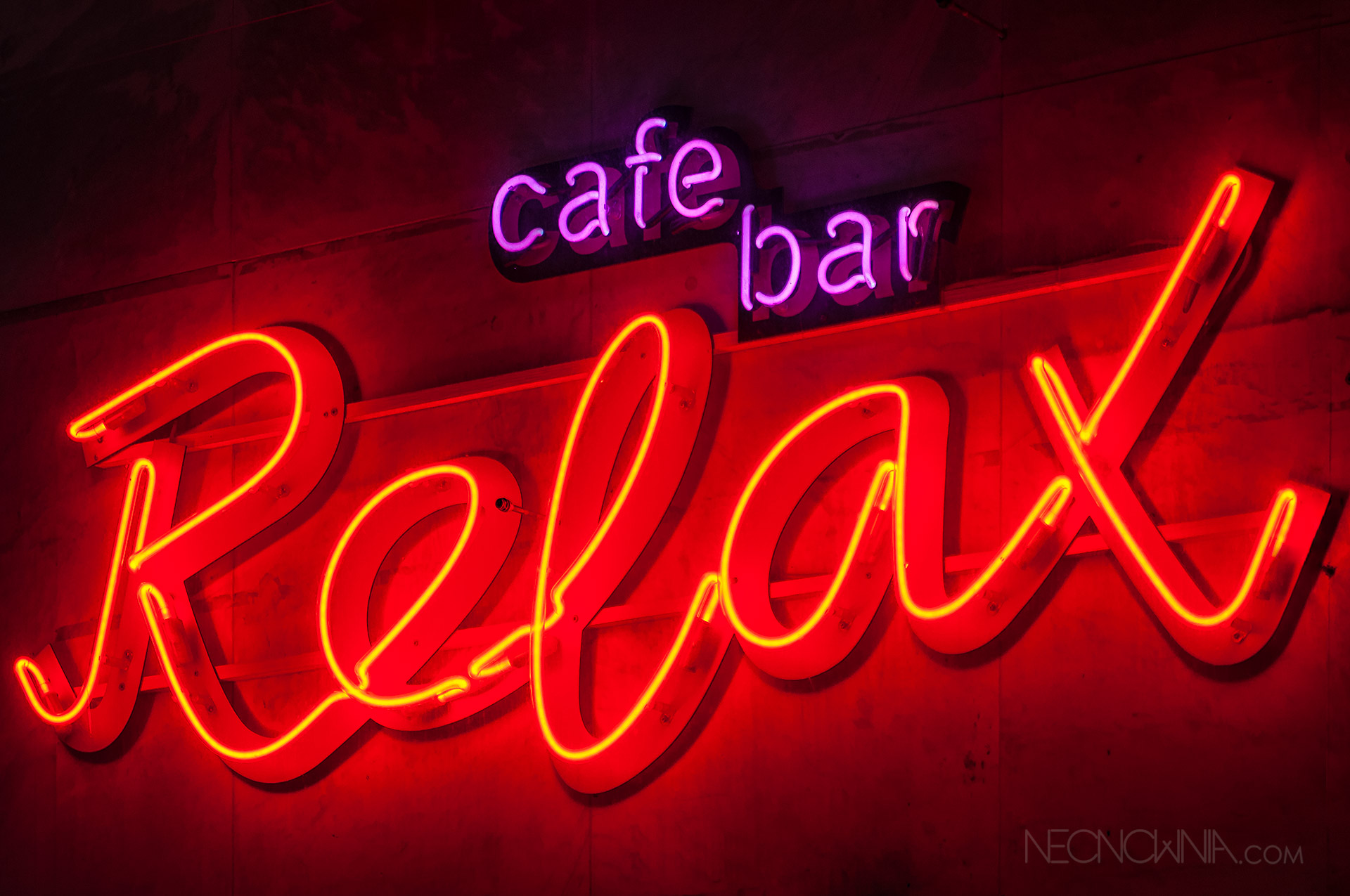 RELAX CAFE BAR